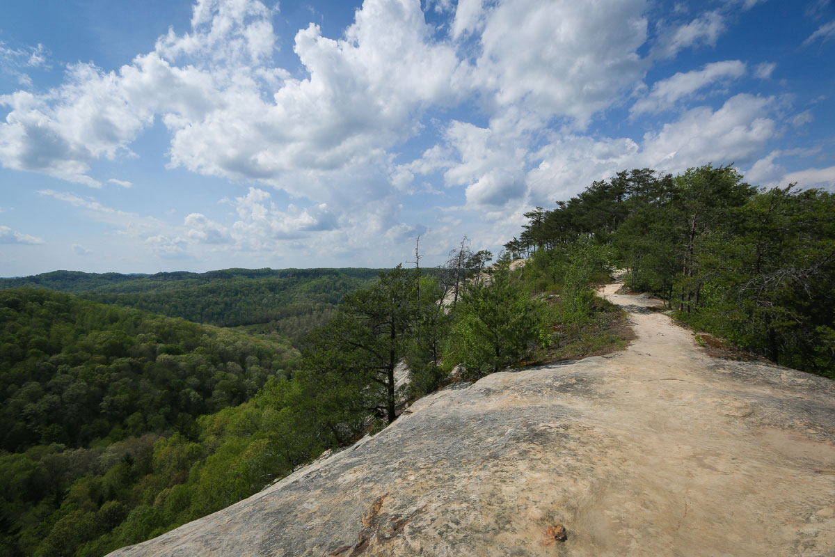 Hiking Courthouse Rock And Double Arch Via Auxier Ridge In