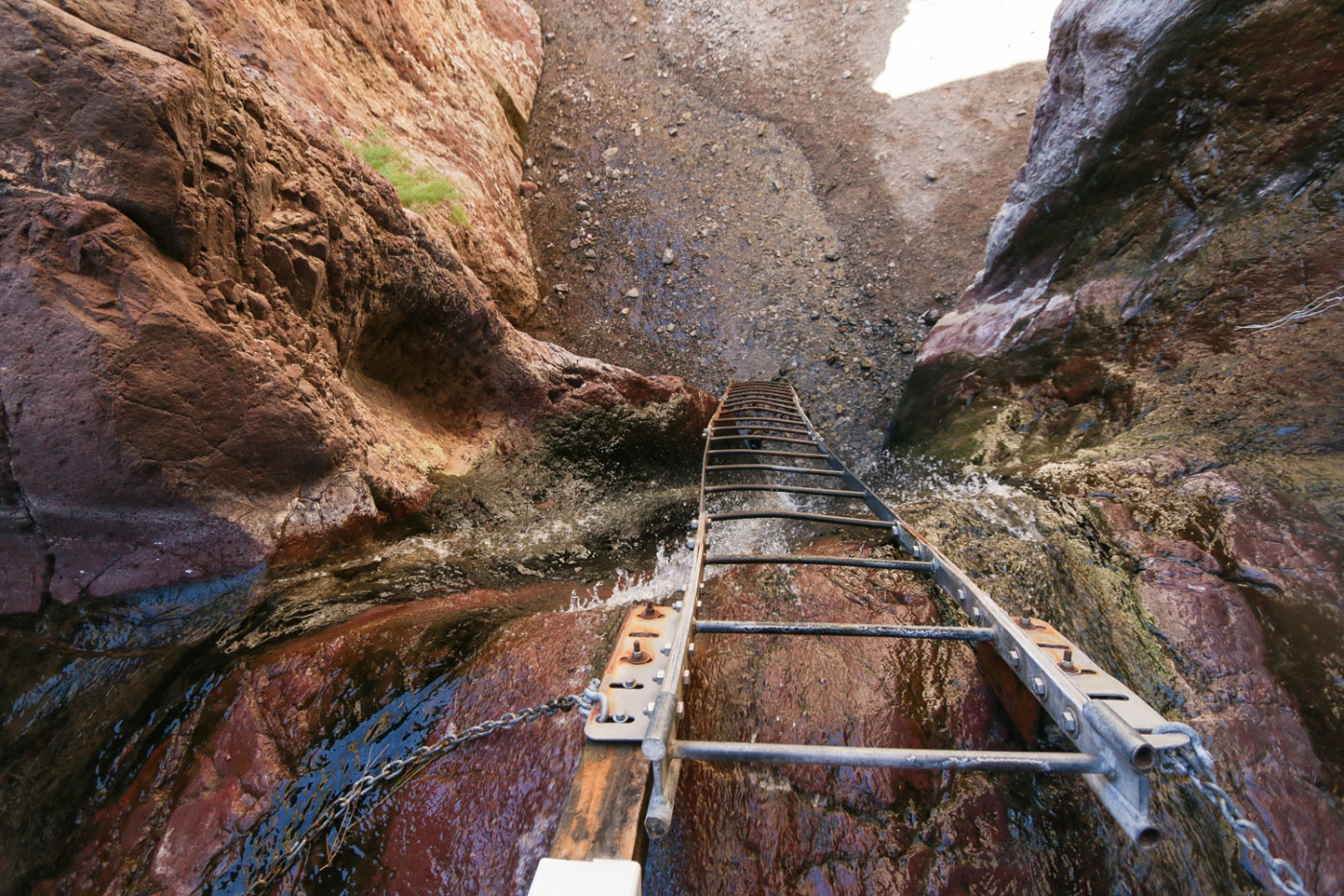Hiking Arizona Hot Springs and White Rock Canyon Loop in Lake Mead